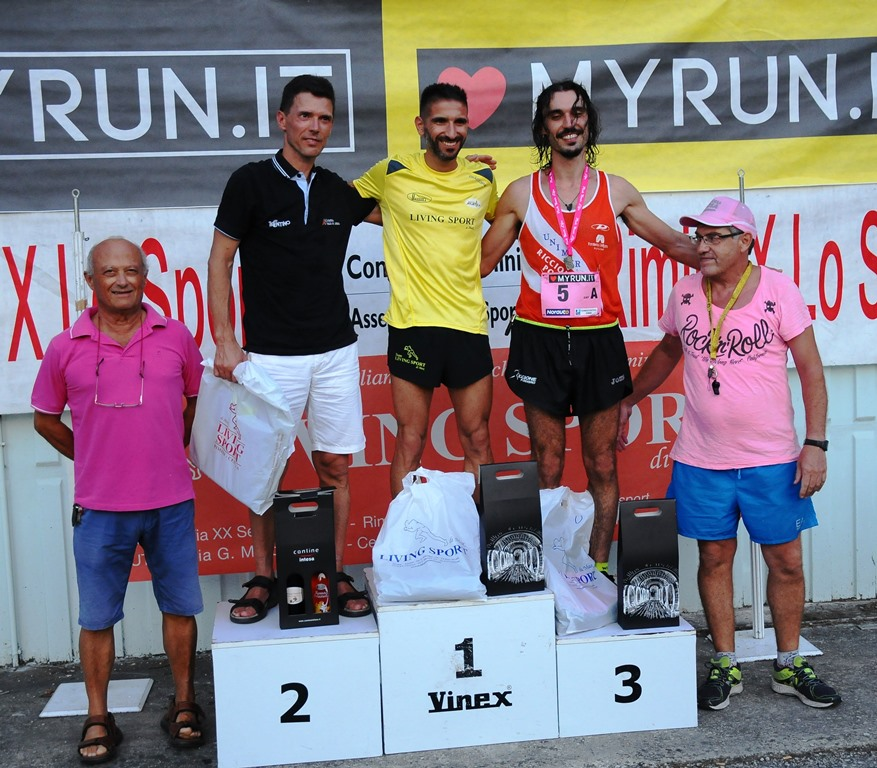 PODIO ASSOLUTI PINK RACE